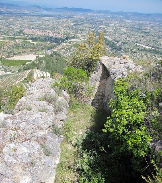 Aljub. Castell de Carbonera. Benicadell, Otos