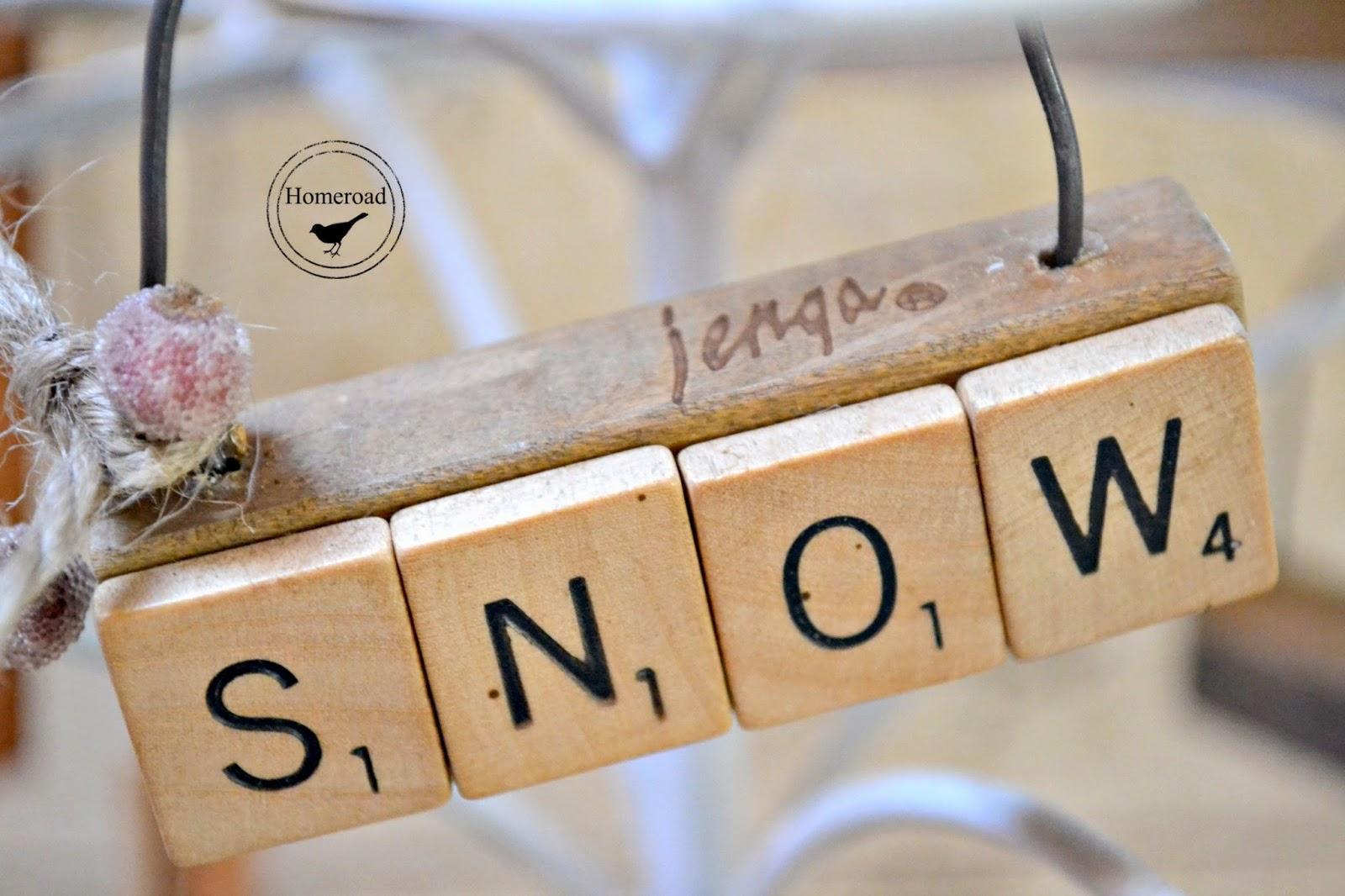 scrabble-jenga-Christmas-ornaments www.homeroad.net