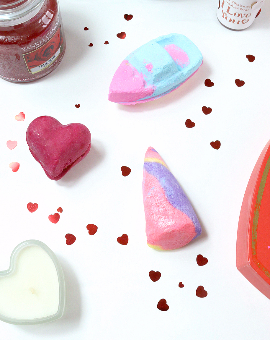 LUSH Valentine's Day Haul 2018 Unicorn Horn Bubble Bar, Whole Lotta Love Bubbleroon and Love Boat Bubble Bar.