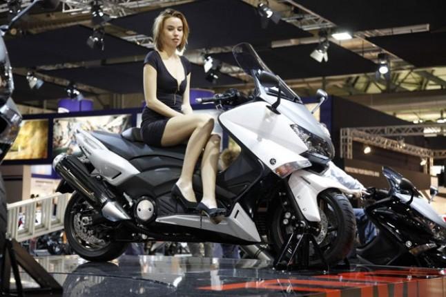 Honda Motor Akan Luncurkan X-ADV, siap-siap ya guys ...