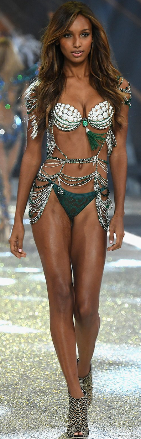 Jasmine Tookes 2016 Victoria Secret Fashion Show