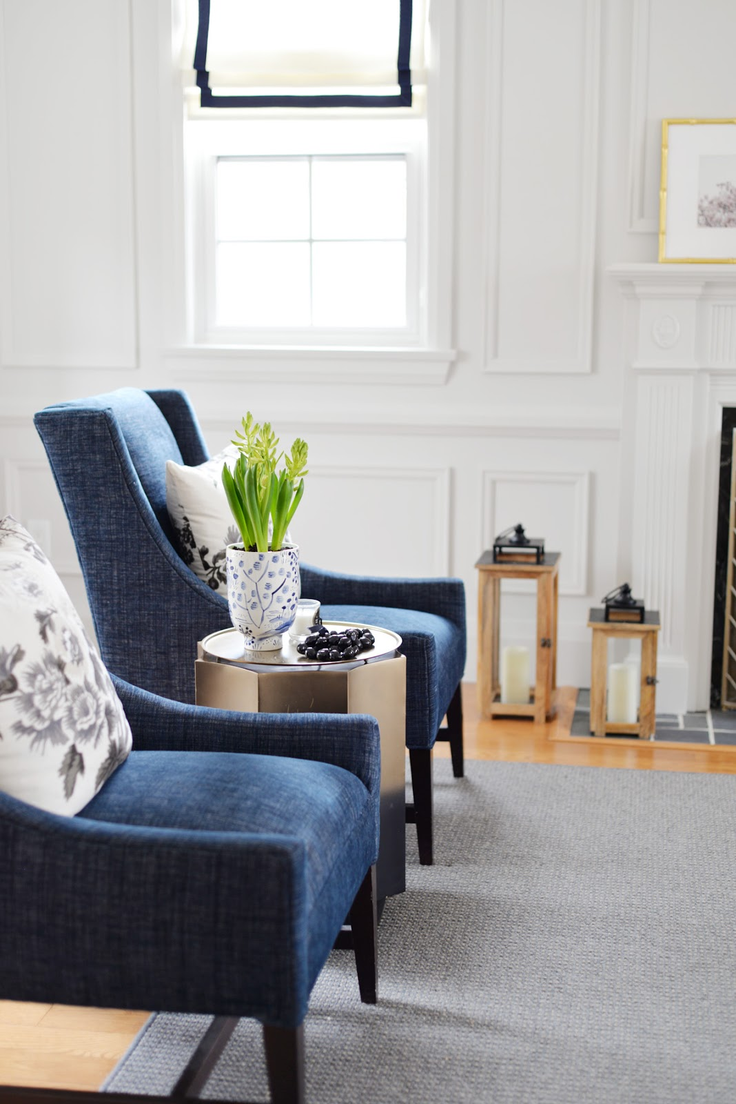 spring decorating, blue armchairs