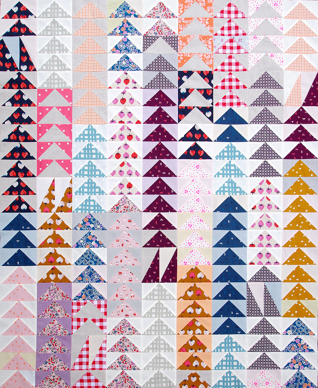 Yours Truly - Flying Geese Quilt | Work in Progress | © Red Pepper Quilts 2016