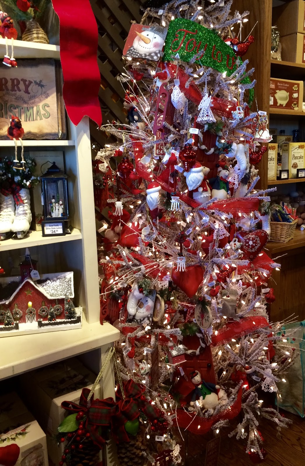 Cracker Barrel Christmas.Nanaland It S Beginning To Look A Lot Like Christmas At
