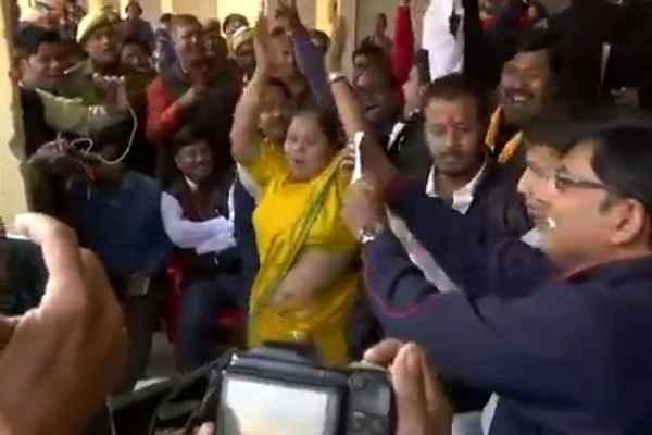 mathura-ward-56-result-bjp-parshad-meera-agarwal-win-lucky-draw