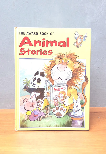 THE AWARD BOOK OF ANIMAL STORIES, Linda Jenninga