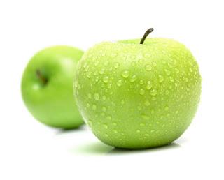 فوائد التفاح للرجيم والحامل وأهمية تناول التفاح على الريق لصحة الإنسان