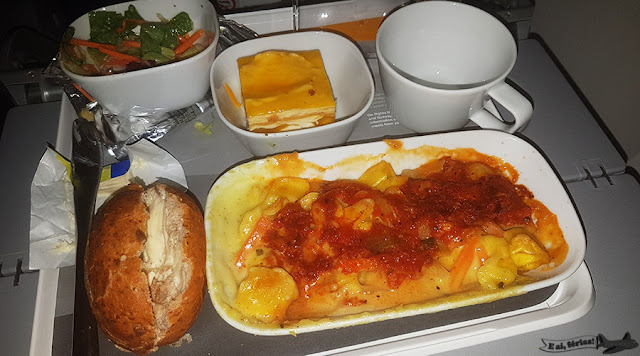 LH500, avião Boeing747-800, Lufthansa, jantar