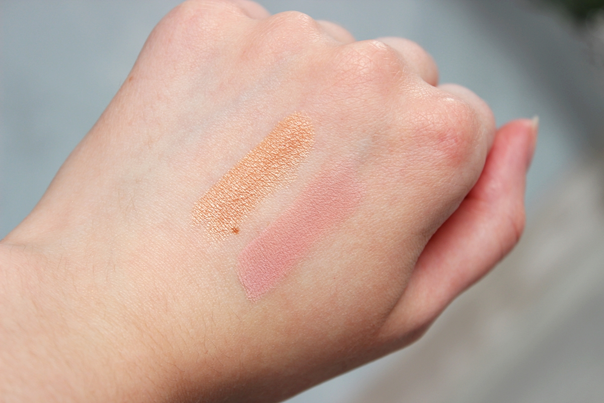 EARTHNICITY BRONZER MINERALNY SUNKISSED SHIMMER NEAUTY MINERALS RÓŻ MINERALNY RHUBARB WINE swatch swatche