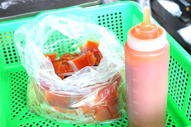 DSC08456 - 十甲新光黃昏市場│郎港式鮮肉包銅板小吃,肉餡口感紮實人潮多多