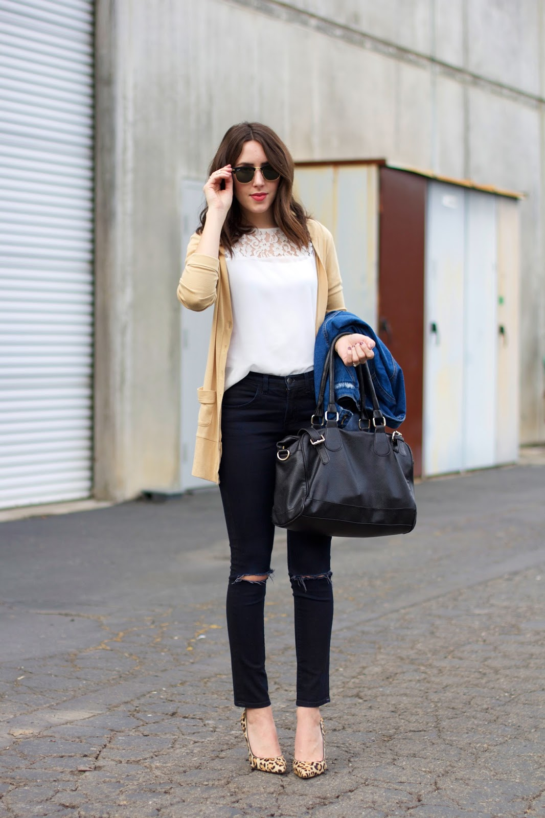 what-to-wear-with-black-jeans