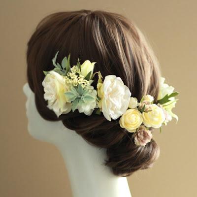 フリルローズの髪飾り(クリーム)_ウェディングブーケと花髪飾りairaka