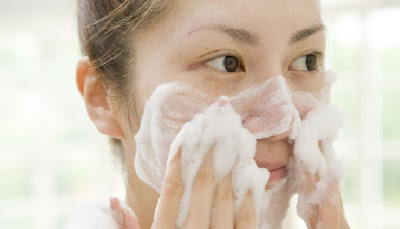 Top 5 Medicated Acne Cleansers