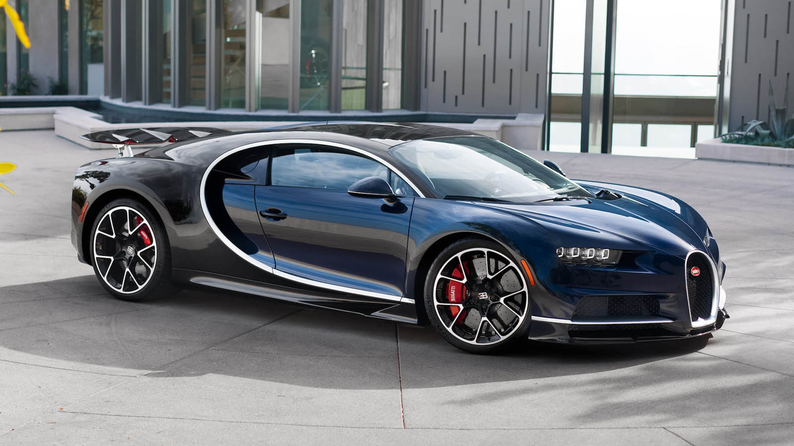 Bugattis For Sale >> Want A Bugatti Chiron? This One's Coming Up For Auction In Florida | Carscoops