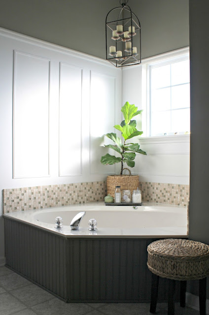 corner tub design and decor