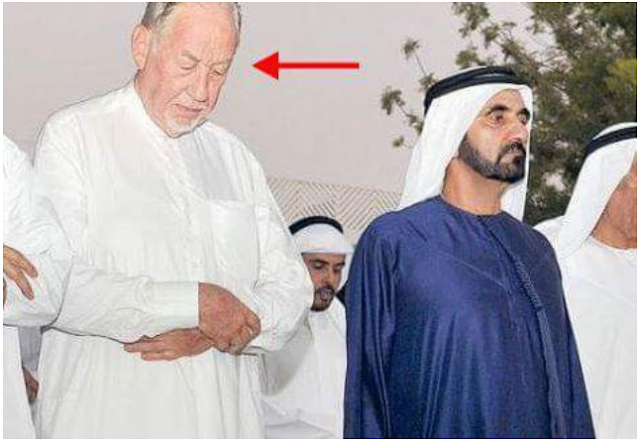 """KISAH HIKMAH : """"Disalib Dan Disiksa, Tuhan Seperti Tak Punya Kuasa! Akhirnya Mantan Direktur NATO Masuk Islam"""""""