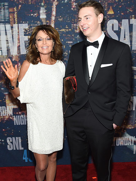 Sarah Palin's son burgles parents' home, assaults father