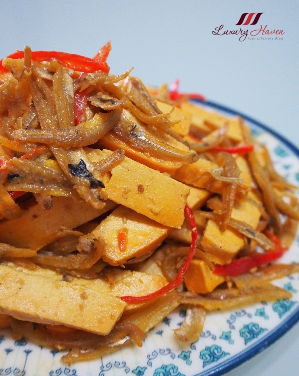 high in protein bean curd with ikan bilis