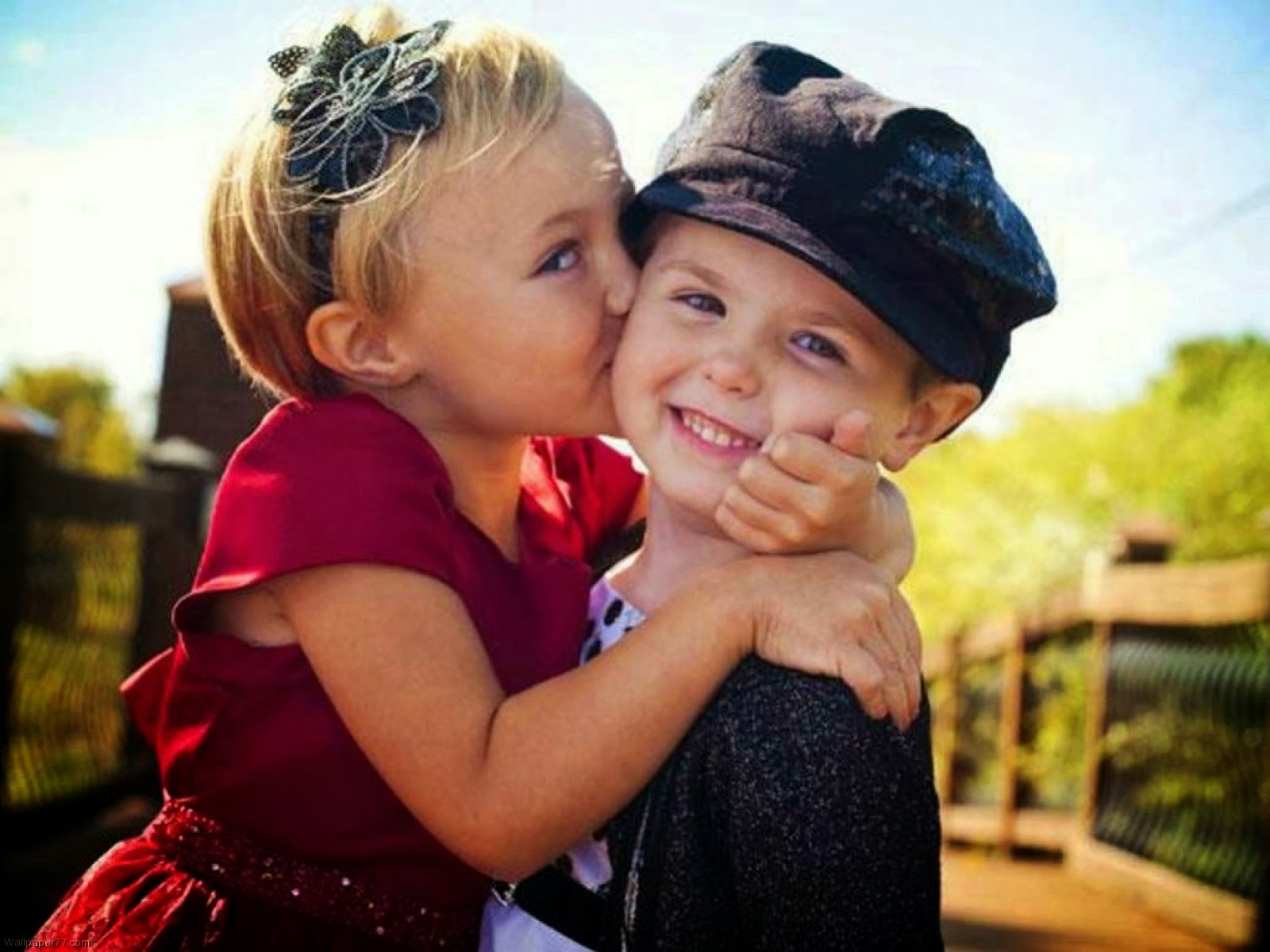 Happy kiss day cute images ,sms messages and hd wallpaper ...