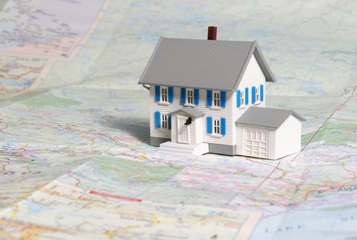 Tips Beli Rumah Dijual Bandung, Tentukan lokasi yang tepat (Shutterstock)