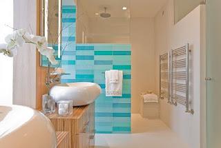 تصاميم سيراميك حمامات مميز بدرجات اللون المتعددة