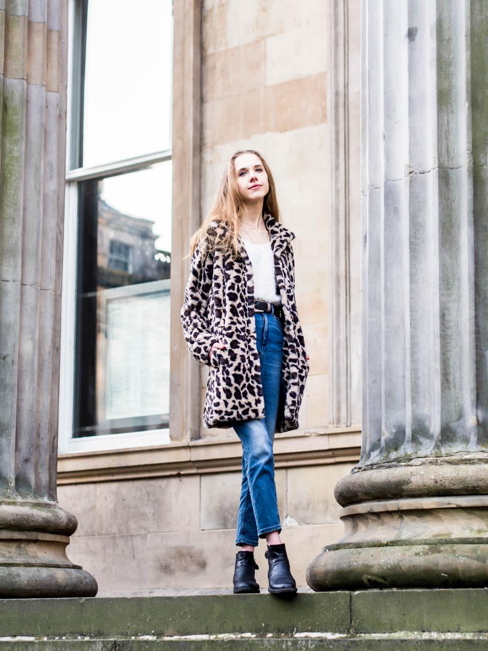 How to style leopard print: coat, skirt and blouse - Kuinka pukeutua leopardikuosiin: takki, hame ja paita