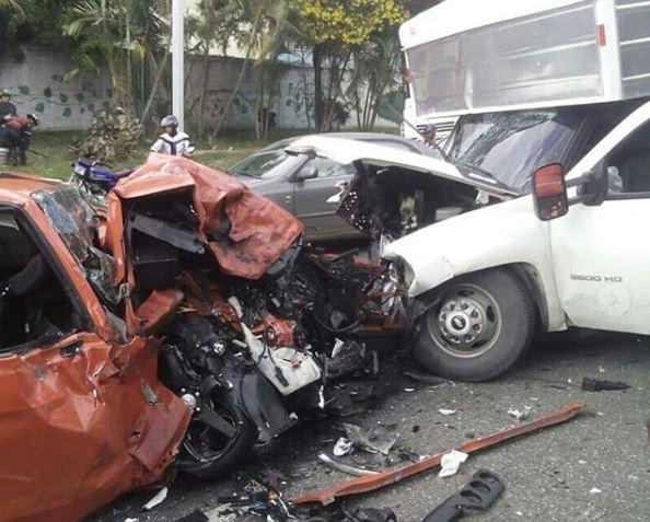 Terrible accidente en Longaray  - El Valle deja un muerto y varios heridos