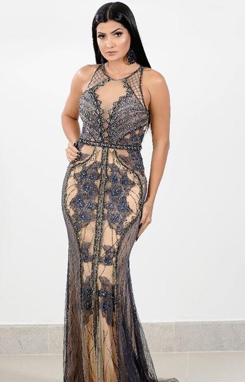vestido de festa nude com azul