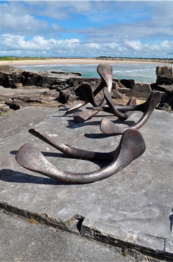 Cass Samms Furcula wishbone sculptures