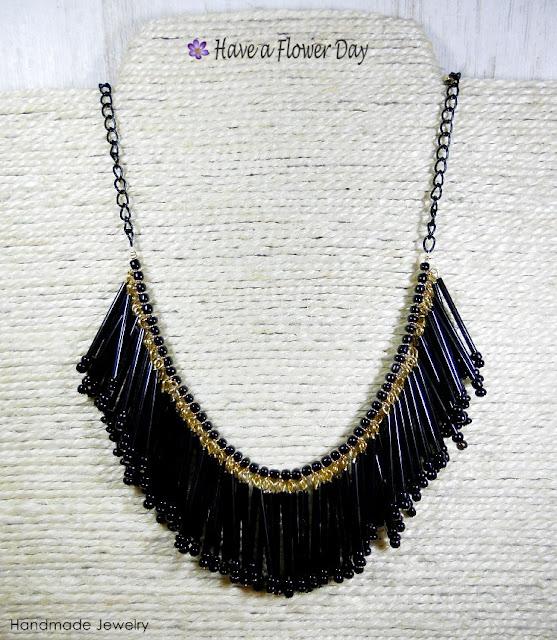 Collar flecos cristal negro · Black fringed necklace
