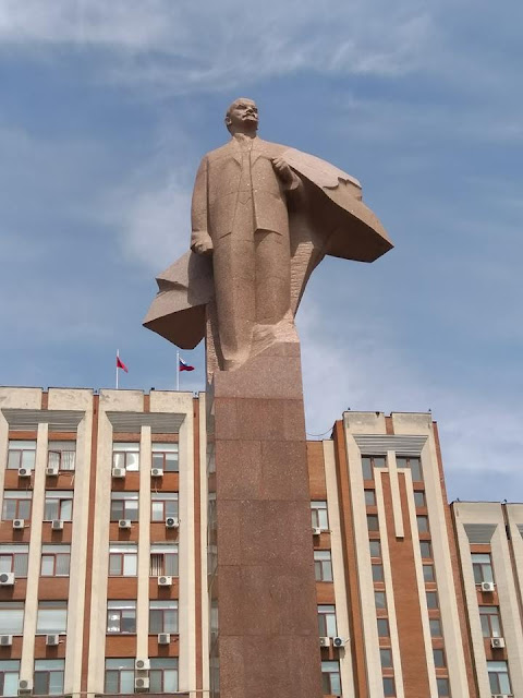 Far Flung Places: Travelling to a country that does not exist. Transnistria