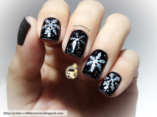 Holographic Snowflakes by @mylittlecanvas with Nail Vinyls from @Madpik