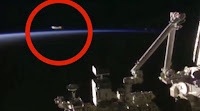 ΕΚΤΑΚΤΟ❗ Η NASA έκοψε τη live μετάδοση μετά την εμφάνιση UFO... ➤➕〝📹ΒΙΝΤΕΟ〞