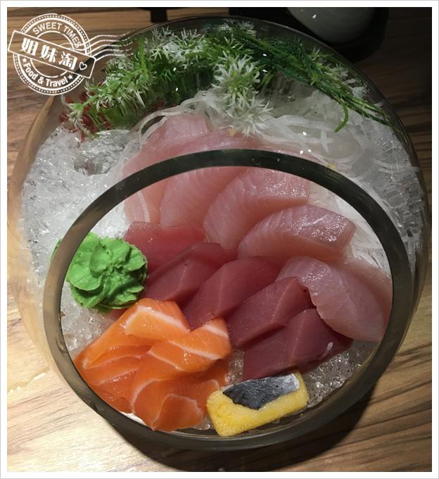 高雄王拓日式料理