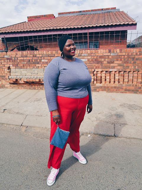 South African plus size blogger, styling red trousers plus size fashion