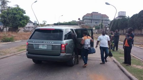 Fuel Crisis: Transportation Minister, Amaechi Picks Up Stranded Nigerians On Their Way To Work
