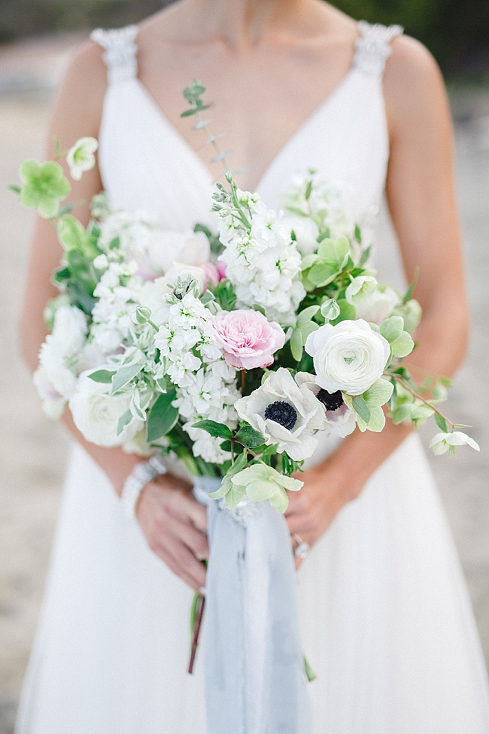 Pink, White, and Green Organic Bouquet by The Flower Story | Photo: Damaris Mia Photography