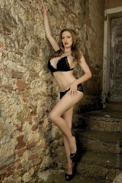 hot-Jordan-Carver-Last-Night-sexy-photoshoot-HD-Image-9