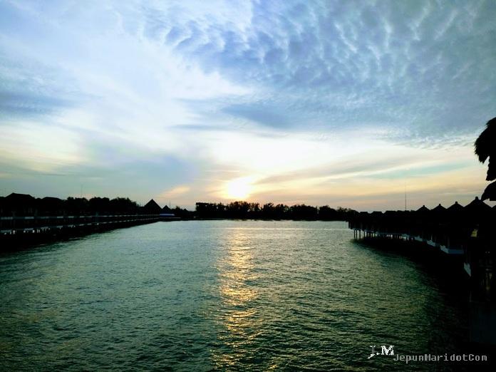 Sunset di Avani Sepang & main layang-layang