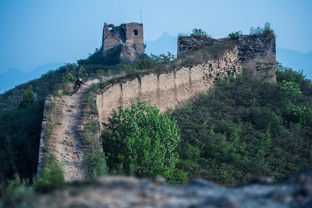 David Cachon, mountain bike en la Gran Muralla China