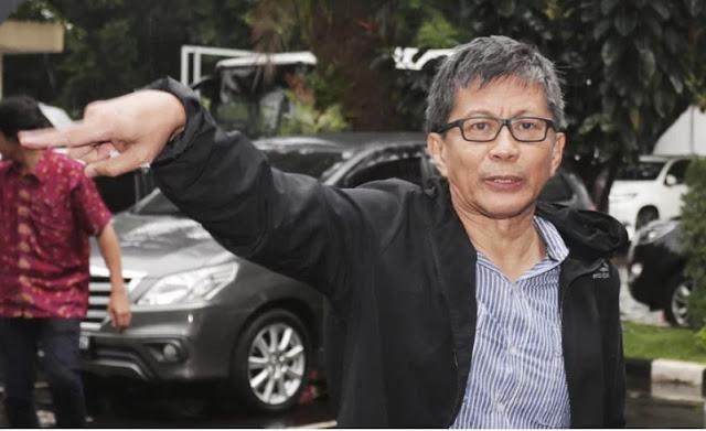 Rocky Gerung, Melupakan Akal Sehat Demi Prabowo