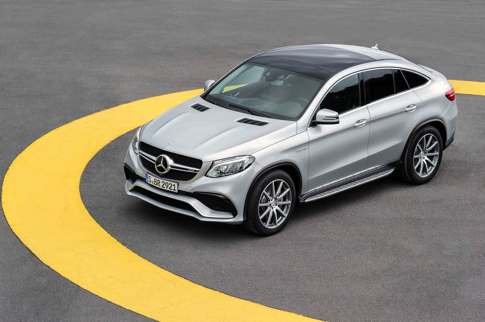 new mercedes amg gle 63 s coupe gets 577hp bi turbo v8. Black Bedroom Furniture Sets. Home Design Ideas