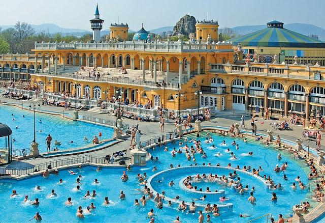 Banhos termais Széchenyi, Budapeste
