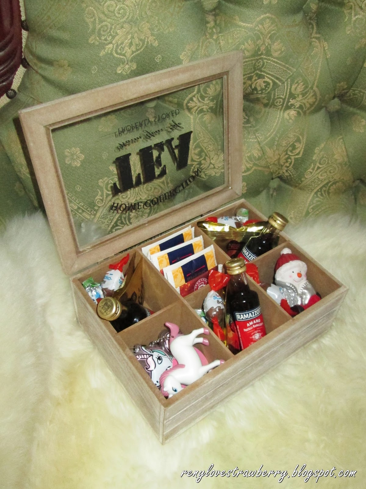 Strawberry love by reny gift guide tea storage gift box basically i bought a tea organizer box and fill it with tea chocolates mini bottles of liquor hot chocolate a little christmas decor and my friend loves solutioingenieria Choice Image