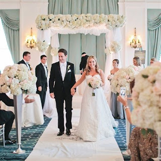 Top 10 Tips for Grooms: How to Emanate the Blessedness of Your Wedding