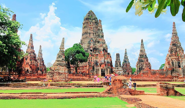 Visit Phra Nakhon Si Ayutthaya