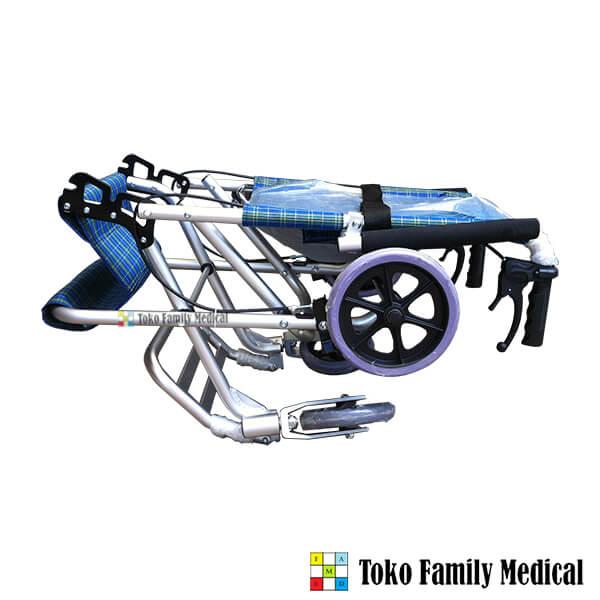 kursi roda travelling