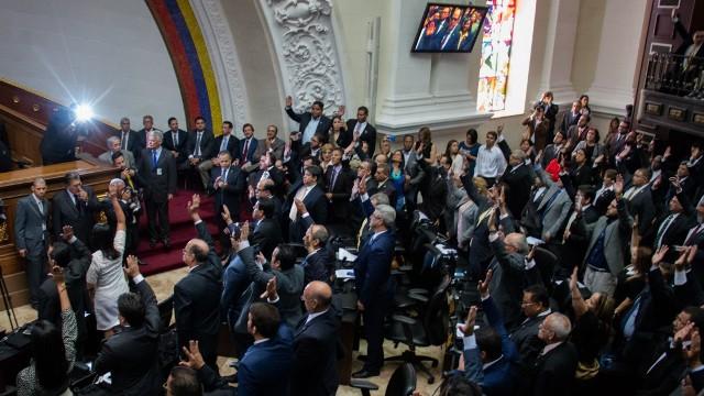 Asamblea Nacional aprobó acuerdo en rechazo a Constituyente comunal