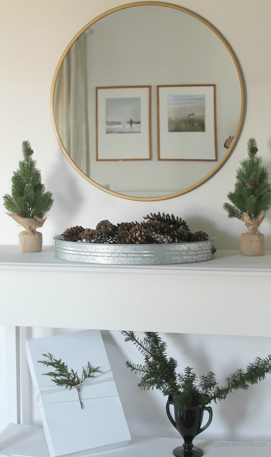 Minimal Christmas and Winter decorating Ideas | Love My Simple Home