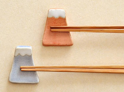 Mountain Chopstick Rest